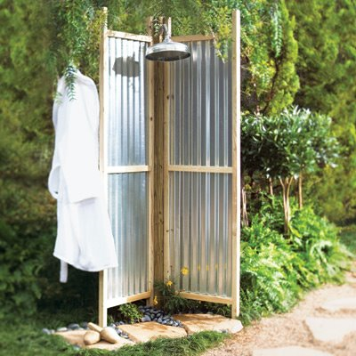 Outdoor showers l kae interiors for Rustic outdoor privacy screens